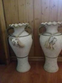 Pair of floor vase's