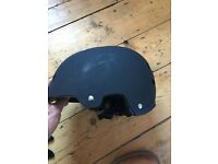 Cycle / bike helmet size 58-61cm with spare inserts only worn a couple of times
