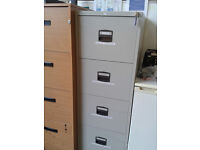 Metal 4 drawer filing cabinet (with key)