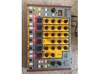 Akai tom cat drum machine boxed working