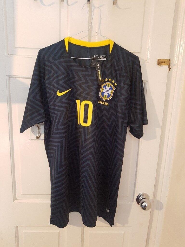 cea21bec6f3 Nike Football World Cup 2018 Training Jersey Brazil Kit SIZE XL Neymar T- Shirt