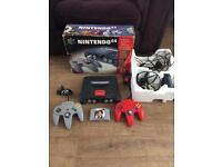 Nintendo n64 console boxed with pads & 007