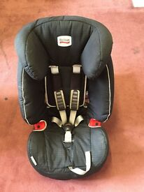 Pressure Fit Britax Car Seat Suitable from 9 - 36kg (approx 1-12 Years).