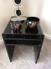 Best of tables in black glass