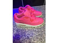 GIRLS NIKE AIR MAX