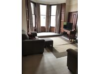 Double bed for let, excellent location Comiston Terrace, Morningside, for single or professional.