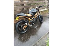 Ducati monster 600 cafe racer street fighter