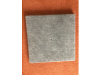 CARPET COVERED BASE FOR CAT SCRATCH POST-NEW