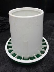 POULTRY FEEDER FOR SALE