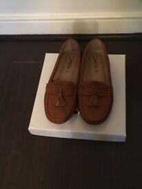 Shoe Clearout - size 5 brand new
