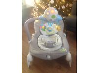 Chicco Baby Bouncer in Grey