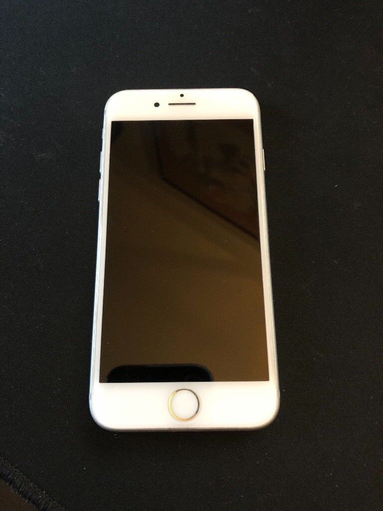 iPhone 7 256gb EE - MINT, BOX, COVERS, HEADOHONES ECT