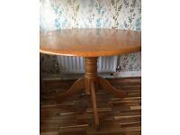 Round pine dinning table