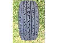 Tyre 205/40/R17