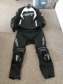 2 piece leathers helmet gloves and boots