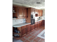 Kitchen units and work surface (inc. appliances)