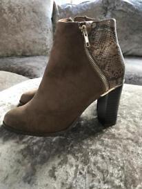 Brown ladies new look boots