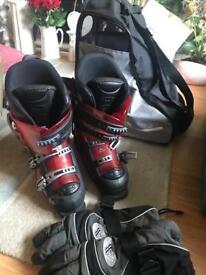 Ski / snowboard boots
