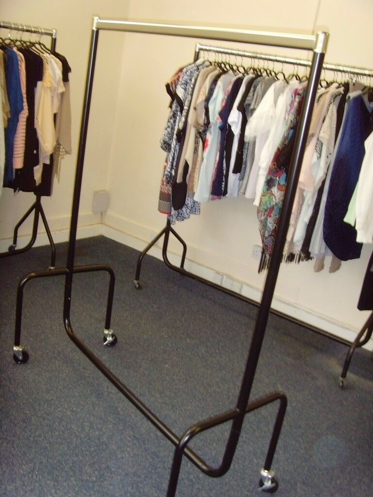 MOBILE GARMENT RAILS FOR SALE