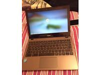 ACER CHROMEBOOK FULL HD OPEN TO OFFERS