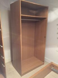Complete set of bedroom furniture.