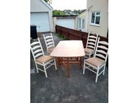 drop leaf dining room/kitchen table with 4 chairs