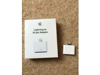Apple Lightning to 30-pin Adaptor