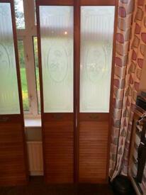 3 bi-fold doors - wardrobe/interior