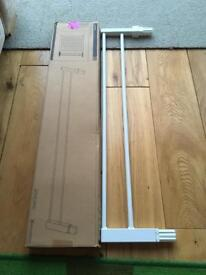Lindam universal 14cm extension in white