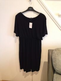 Maternity Clothes Sizes 12/14 - Dresses, Tops and Jeans. Very good condition
