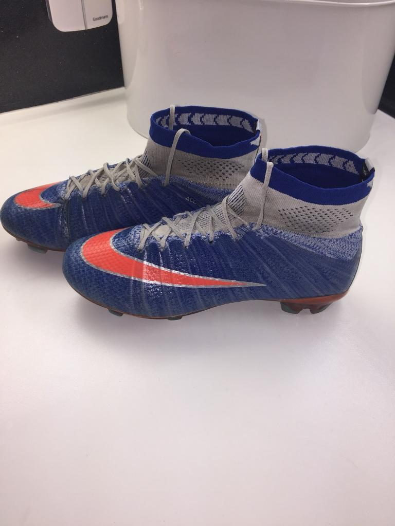 NIKE MERCURIAL SOCK BOOTS SIZE 5. FOOTBALL BOOTS