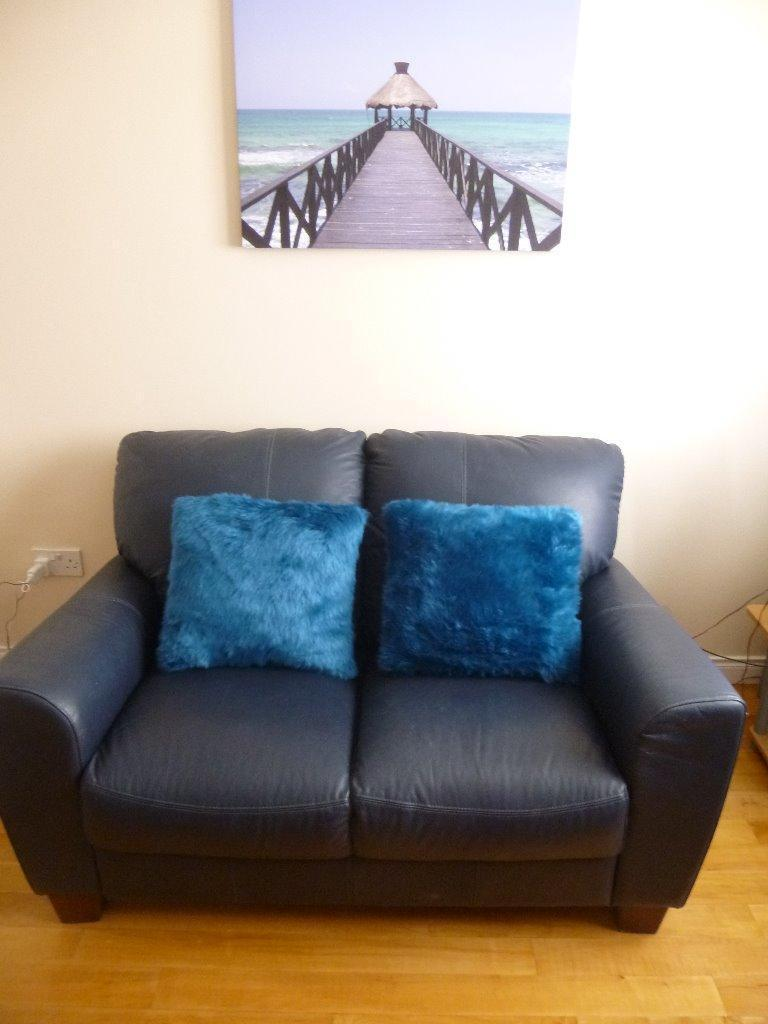 Navy Blue Leather Sofa 2 1 Can Deliver In Newtownards County Down Gumtree