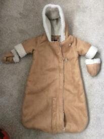 Cosy pramsuit 0-3 months