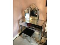 Stunning mirror dressing table with mirror and seat