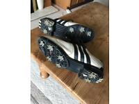 Adidas golf shoes, very comfy, good condition, just need a clean, size 7