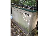 Small plastic garden shed for collection (no payment required)