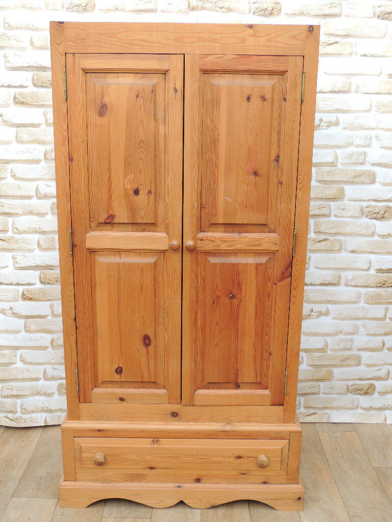 Welsh Pine wooden wardrobe (Delivery)