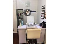Beauty Salon Nail Bar For Rent/ Profit Share