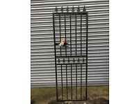 Narrow Metal Gate new complete with fixings