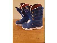 Vans 'Andreas Wiig' Snowboard Boots UK size 8
