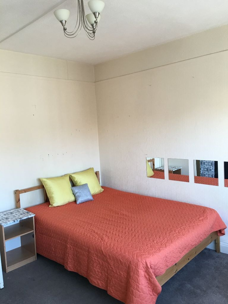 Beautiful and spacious double room in North Acton! ALL BILLS INCLUDED