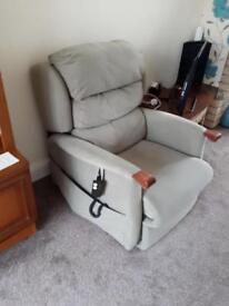 Electric Recliner/ Riser chair