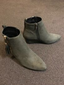 Women's boots, not used, UK size 5 (Missguided)
