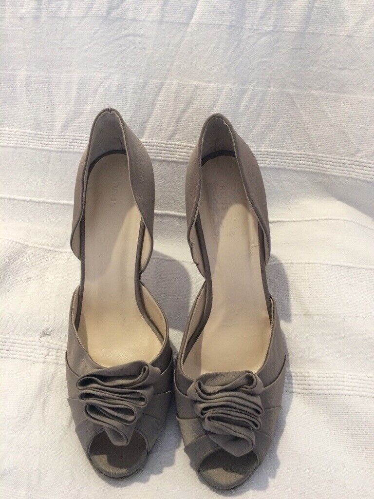 bffc860898ad Designer heels from Reiss size 7   EU 41 New condition