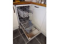 Small Electra Dishwasher 450mm wide. Very Good Condition
