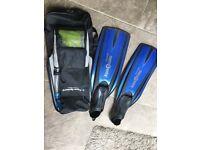 Aqua Lung Fins Flippers size 44 - 45, 9.5 - 10.5