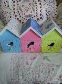 LOVELY BIRD DESIGN WOOD STORAGE