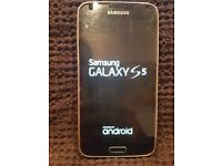 Mint condition Samsung Galaxy S5 (SM-G900F) unlocked mobile phone, boxed, accessories & cases
