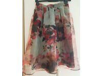DOROTHY PERKINS - size 10 - skirt
