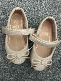 Girls shoes all size 4